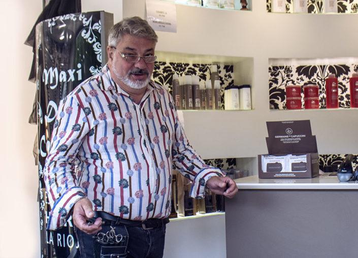 Maxi Díaz Calderón-Peluquería y estética
